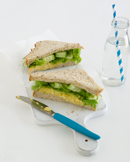Curried Egg & Lettuce Sandwich