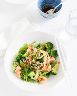 Steamed Orange Glazed Salmon with Soba Noodles, Snow Peas & Broccoli