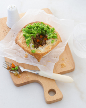 Thermomix Meat Pie with Mushy Peas