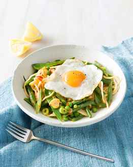 Ramen Noodles with Egg & Vegies