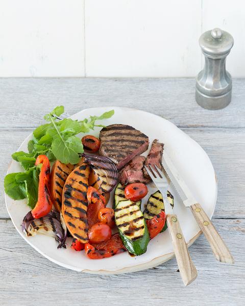 Low FODMAP Steak with Grilled Summer Vegies