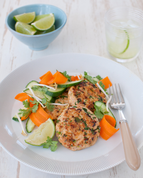 Low FODMAP Thai Fish Cakes with Bean Sprout Salad