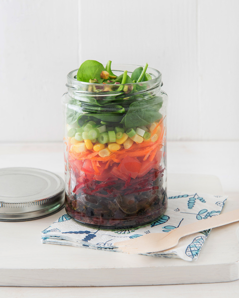 Low FODMAP Rainbow Salad Jar