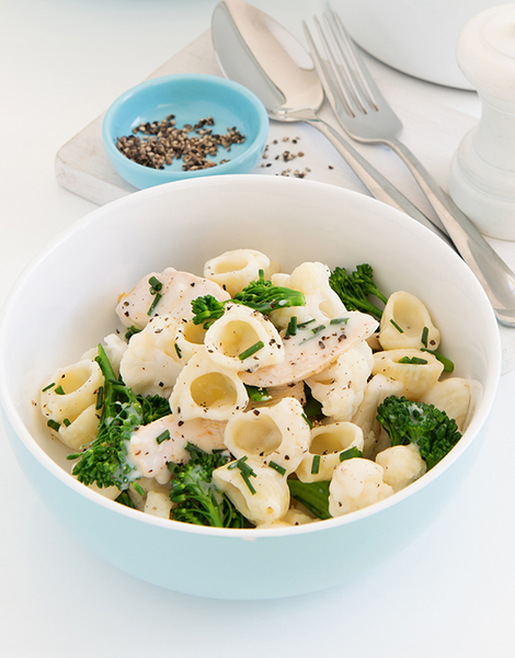 Family Mac 'n' Cheese with Chicken & Veg