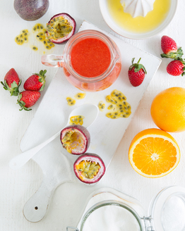 Strawberry & Passionfruit Coulis