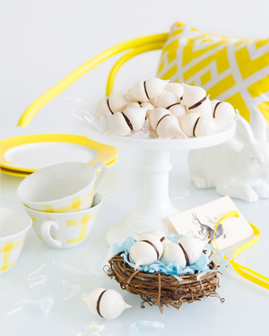Chocolate Meringue Kisses
