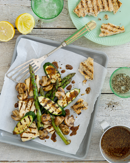 Barbecued Tofu, Asparagus & Mushrooms
