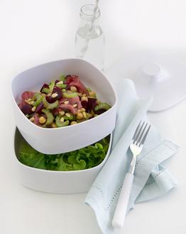 Roast Beef, Beetroot & Chickpea Salad