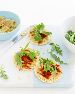 Spicy Avocado, Bean & Tomato Corn Thins