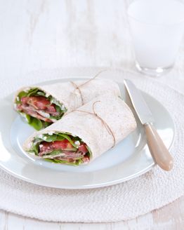 Rare Roast Beef, Avocado & Cottage Cheese Wrap