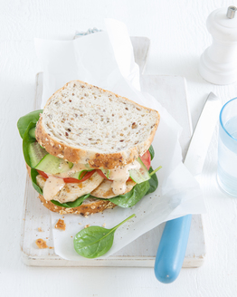 Grilled Chicken & Spinach Sandwich with Chilli Mayonnaise