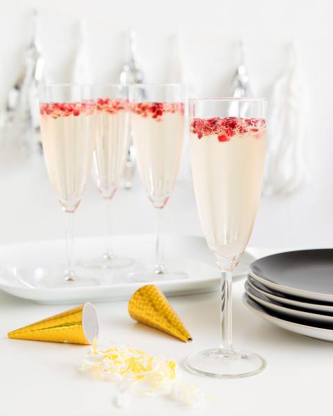 Elderflower, Pomegranate & Champagne Cocktail
