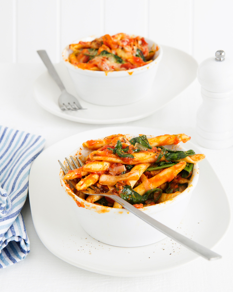 Baked Pasta with Sun-Dried Tomatoes, Spinach & Mozzarella
